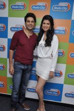 Tena Desae, Rajeev Khandelwal at the Audio release of Table No. 21 in Radio City 91.1 FM, Mumbai on 20th Dec 2012 (55).JPG