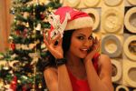 Veena Malik Celebrating Christmas on 20th Dec 2012 (21).JPG
