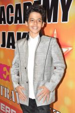 Darsheel Safary at Star Nite in Mumbai on 22nd Dec 2012 (151).JPG