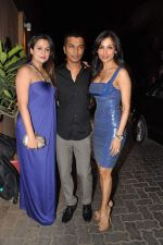 Amrita Arora, Vikram Phadnis, Malaika Arora Khan at Anu and Sunny Dewan_s bash in Mumbai on 24th Dec 2012,1 (237).JPG