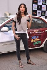 Anushka Sharma promotes TAB cab in Famous Studio on 24th Dec 2012 (57).JPG