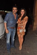 Neelam Kothari, Sameer Soni at Anu and Sunny Dewan_s bash in Mumbai on 24th Dec 2012,1 (220).JPG