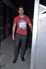Varun Dhawan at Jackky Bhagnanis_s bash in Juhu, Mumbai on 24th Dec 2012 (37).JPG