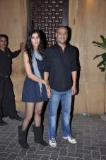 at Anu and Sunny Dewan_s bash in Mumbai on 24th Dec 2012 (40).JPG