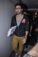 Ranbir Kapoor at Tata Memorial Hospital with cancer patients in Parel, Mumbai on 25th Dec 2012 (79).JPG