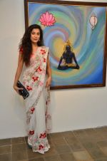 Surbhi Shukla at Bharat Tripathi_s exhibition in Mumbai on 25th Dec 2012 (72).JPG