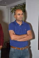at Bharat Tripathi_s exhibition in Mumbai on 25th Dec 2012 (8).JPG