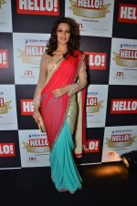 Sonali Bendre at red carpet of Hello Hall of Fame Awards in Mumbai on 27th Dec 2012 (37).JPG