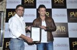 Vivek Oberoi at The Impossible film press meet in PVR, Mumbai on 27th Dec 2012 (54).JPG