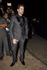 Neil Mukesh at Bunty Walia_s wedding reception bash in Olive on 28th Dec 2012 (59).JPG
