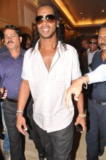 Ronaldinho unveils Balaji entertainment_s R10 movie in Pune, Mumbai on 28th Dec 2012 (11).JPG
