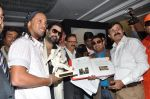 Ronaldinho unveils Balaji entertainment_s R10 movie in Pune, Mumbai on 28th Dec 2012 (33).JPG
