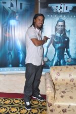 Ronaldinho unveils Balaji entertainment_s R10 movie in Pune, Mumbai on 28th Dec 2012 (39).JPG