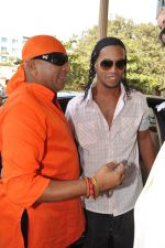 Ronaldinho unveils Balaji entertainment_s R10 movie in Pune, Mumbai on 28th Dec 2012 (4).JPG