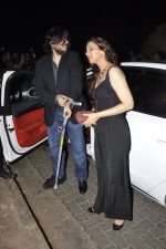 Sonali Bendre, Goldie Behl at Bunty Walia_s wedding reception bash in Olive on 28th Dec 2012 (67).JPG