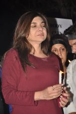 Alka Yagnik at the peace march for the Delhi victim in Mumbai on 29th Dec 2012 (257).JPG