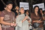 Hema Malini, Jaya Bachchan at the peace march for the Delhi victim in Mumbai on 29th Dec 2012 (252).JPG