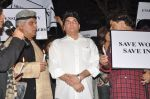 Javed Akhtar at the peace march for the Delhi victim in Mumbai on 29th Dec 2012 (231).JPG