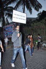 Kunal Kapoor at the peace march for the Delhi victim in Mumbai on 29th Dec 2012 (274).JPG