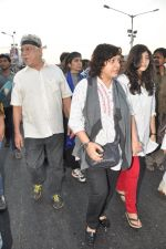 Om Puri at the peace march for the Delhi victim in Mumbai on 29th Dec 2012 (191).JPG