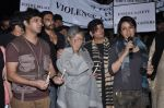 Shabana Azmi, Javed AKhtar, Jaya Bachchan at the peace march for the Delhi victim in Mumbai on 29th Dec 2012 (171).JPG