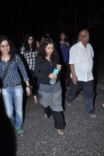Zoya Akhtar at the peace march for the Delhi victim in Mumbai on 29th Dec 2012 (158).JPG