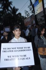 at the peace march for the Delhi victim in Mumbai on 29th Dec 2012 (149).JPG