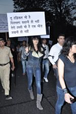 at the peace march for the Delhi victim in Mumbai on 29th Dec 2012 (153).JPG