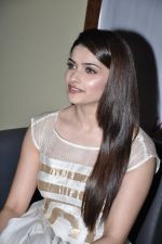 Prachi Desai at Country Club new year_s bash press meet in Andheri, Mumbai on 30th Dec 2012 (50).JPG