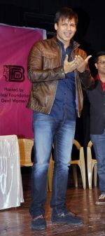 Vivek Oberoi judges deaf and dumb beauty paegant in Worli, Mumbai on 30th Dec 2012 (35).JPG