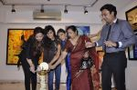 Manisha Kelkar at Sunita Wadhwan art event in Jehangir art gallery on 2nd Jan 2013 (7).JPG