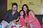 Dabboo Ratnani, Manisha Ratnani at the Preview of Dabboo Ratnani_s calendar in J W Marriott, Mumbai on 4th Jan 2013 (22).JPG