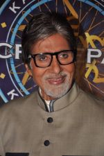 Amitabh Bachchan wins 5 crores on the sets of Kaun Banega Crorepati in Mumbai on 5th Jan 2013 (60).JPG