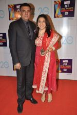 Boman Irani at Zee Awards red carpet in Mumbai on 6th Jan 2013 (80).JPG