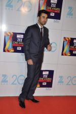 Ranbir Kapoor at Zee Awards red carpet in Mumbai on 6th Jan 2013 (180).JPG