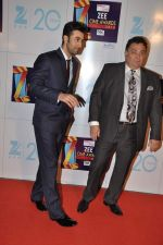 Ranbir Kapoor, Rishi Kapoor at Zee Awards red carpet in Mumbai on 6th Jan 2013 (171).JPG