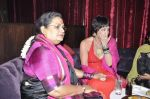 Usha Uthup at Vagina Monologues Charity dinner in Canvas, Mumbai on 6th Jan 2013 (17).JPG