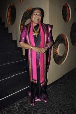 Usha Uthup at Vagina Monologues Charity dinner in Canvas, Mumbai on 6th Jan 2013 (27).JPG