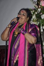 Usha Uthup at Vagina Monologues Charity dinner in Canvas, Mumbai on 6th Jan 2013 (55).JPG
