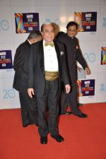 at Zee Awards red carpet in Mumbai on 6th Jan 2013 (77).JPG