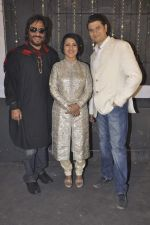 Siddharth Kasyap, Roop Kumar Rathod, Madhushree at Rock on Hindustan video shoot in Mumbai on 7th Jan 2013 (3).JPG