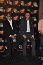 Amitabh Bachchan, Boman Irani at the launch of the trailor of Jolly LLB film in PVR, Mumbai on 8th Jan 2013 (28).JPG