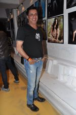 Madhur Bhandarkar at Dabboo Ratnani Calendar launch in Olive, Bandra, Mumbai on 8th Jan 2013 (136).JPG
