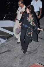 Farah Ali Khan at Hrithik_s yacht party in Mumbai on 9th Jan 2013 (194).JPG