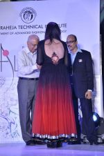 Nisha Jamwal at LS Raheja Technical_s Alchemy 2013 Fashion Show in Mumbai on 9th Jan 2013 (42).jpg