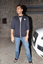 Ritesh Sidhwani at Farhan Akhtar_s birthday bash in Mumbai on 9th Jan 2013 (11).JPG