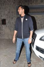 Ritesh Sidhwani at Farhan Akhtar_s birthday bash in Mumbai on 9th Jan 2013 (12).JPG