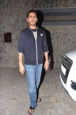 Ritesh Sidhwani at Farhan Akhtar_s birthday bash in Mumbai on 9th Jan 2013 (9).JPG