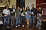 Bhavna Pani, Ira Dubey, Kushal Punjabi at the graveyard shift book launch in Kitab Mahal, Mumbai on 11th Jan 2013 (62).JPG