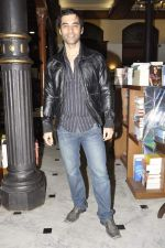 Kushal Punjabi at the graveyard shift book launch in Kitab Mahal, Mumbai on 11th Jan 2013 (60).JPG
